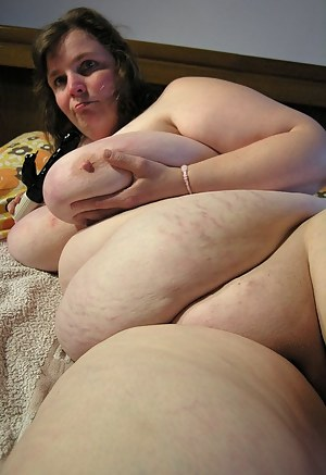 Nude Mature SSBBW Porn Pictures