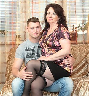 Nude Mature and Boy Porn Pictures