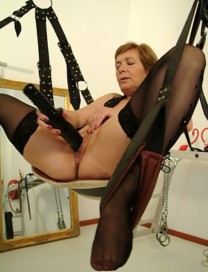 Nude Mature BDSM Porn Pictures
