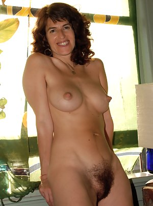 Nude Mature Hairy Pussy Porn Pictures