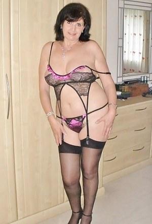 Nude Mature Lingerie Porn Pictures