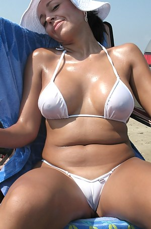 Nude Mature Cameltoe Porn Pictures