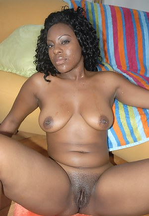 Nude African Mature Porn Pictures