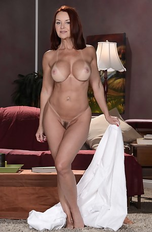 Nude Mature Cougar Porn Pictures
