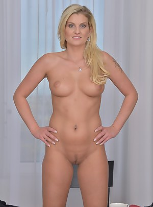 Nude Mature Perfect Body Porn Pictures