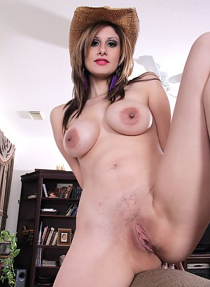 Nude Mature Country Girl Porn Pictures