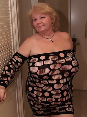 Nude Fat Mature Porn Pictures