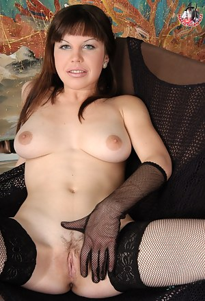 Nude Russian Mature Porn Pictures