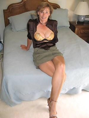Rose mcgowan nude animated gifs