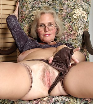 Nude Old Pussy Porn Pictures