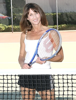 Nude Mature Sports Porn Pictures