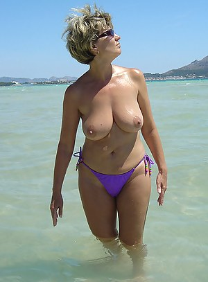 Nude Mature Thong Porn Pictures