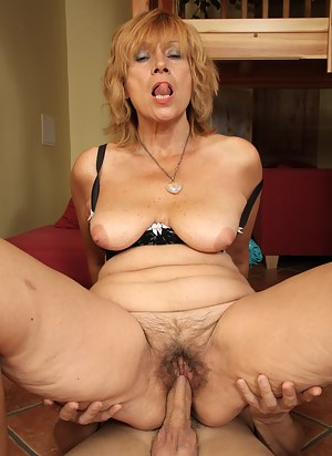 Nude Mature Hardcore Porn Pictures
