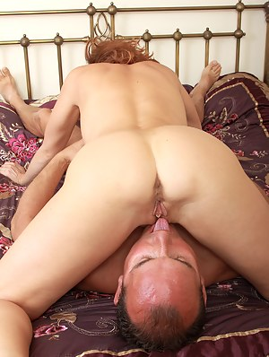 Nude Mature 69 Porn Pictures