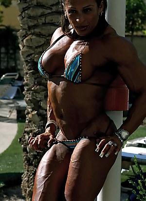 Nude Mature Bodybuilder Porn Pictures