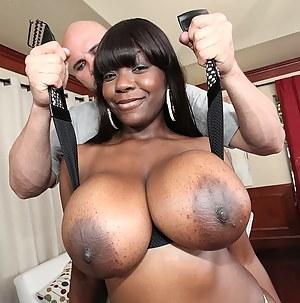Nude Black Mature Big Tits Porn Pictures
