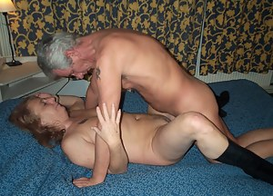 Nude Mature Missionary Sex Porn Pictures