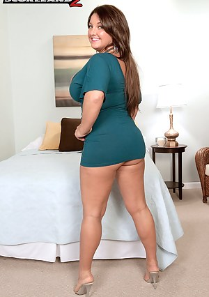 Nude Chubby Mature Porn Pictures